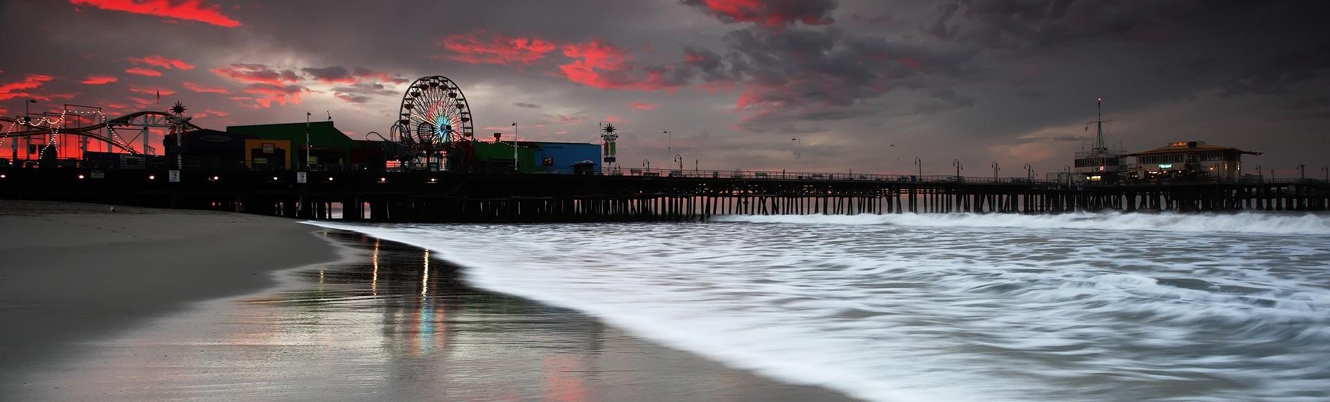 santa monica pier at sunrise
